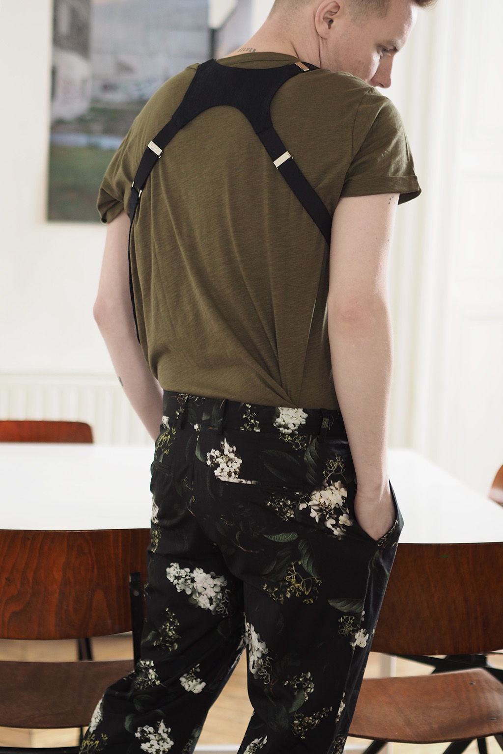 H&M Floral chinos